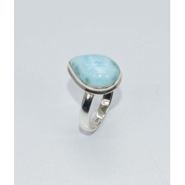 925 SOLID STERLING SILVER BLUE LARIMAR RING- 7.5 US