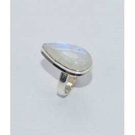 925 SOLID STERLING SILVER WHITE RAINBOW MOONSTONE RING- 7 US