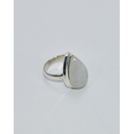 925 SOLID STERLING SILVER WHITE RAINBOW MOONSTONE RING- 6.5 US
