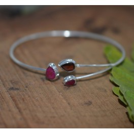 925 SOLID STERLING SILVER CUT RED GARNET MIX STONE BANGLE
